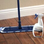 How to clean the hardwood floor